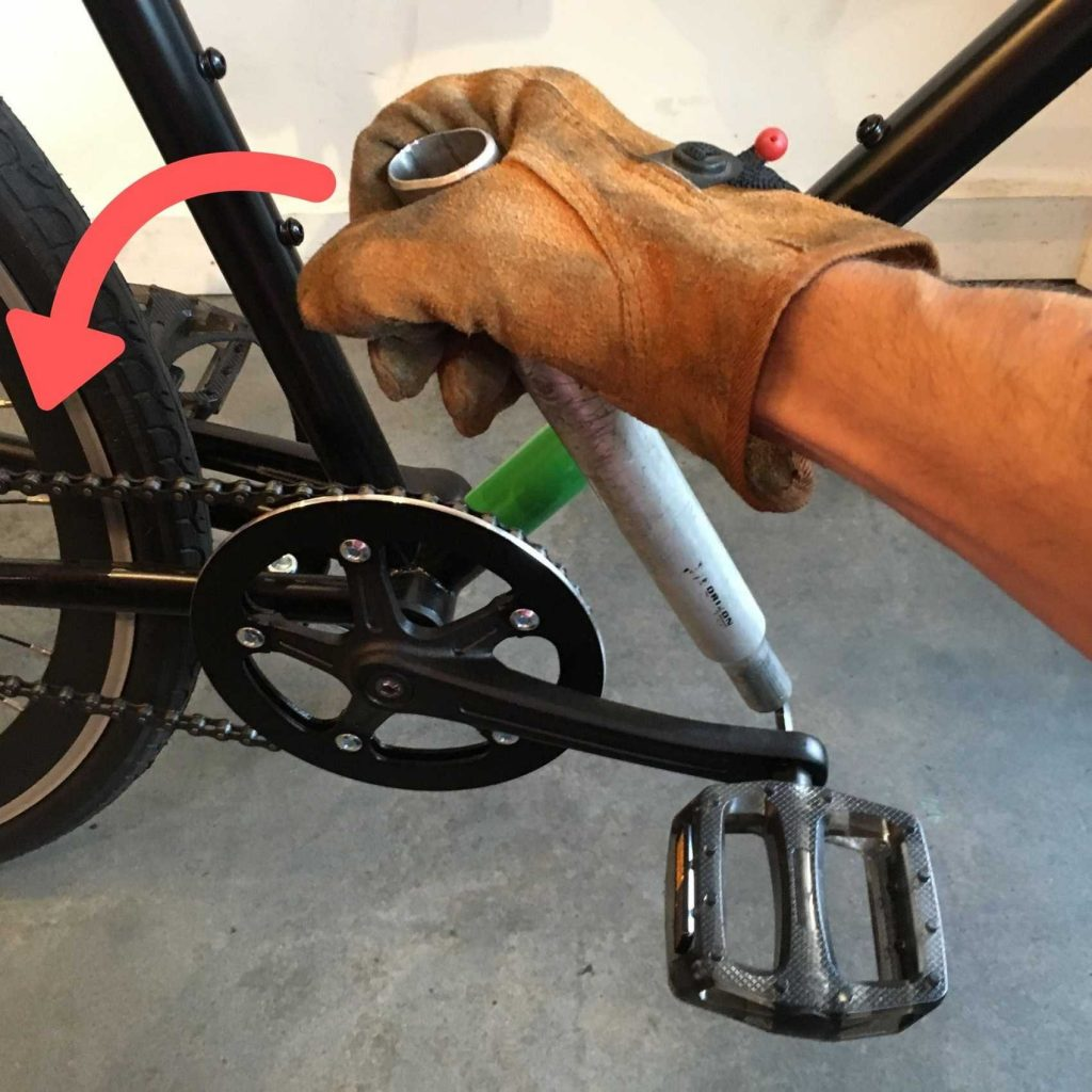Right pedal removal with 6mm hex wrench